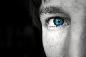 contatto oculare