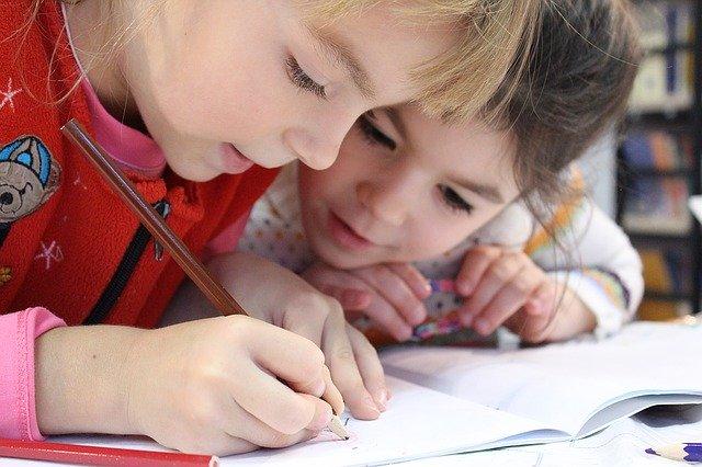 Scuola elementare aspetti cognitivi del bambino